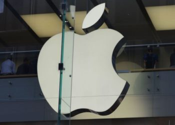 Apple Fined For Slowing Down Old iPhones
