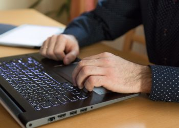 How to change another user's password in Windows 10